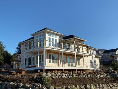 Lincoln City OR Single Family Home For Sale: $629,000