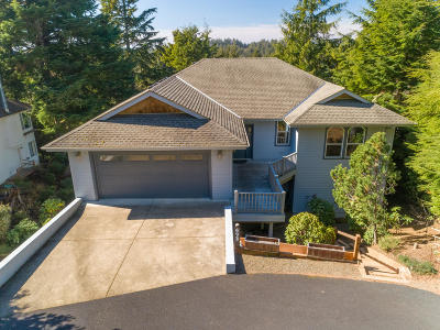 Gleneden Beach Single Family Home For Sale: 493 Spruce Burl Ln