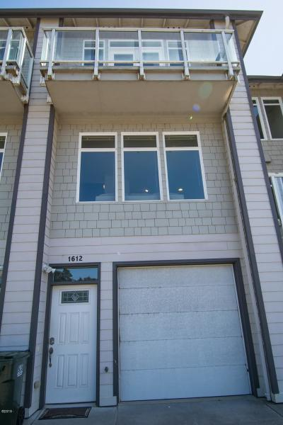 Single Family Home For Sale: 1612 Salmon Harbor Dr