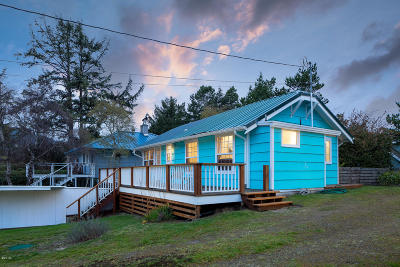 Neskowin Single Family Home For Sale: 48010 Hawk St