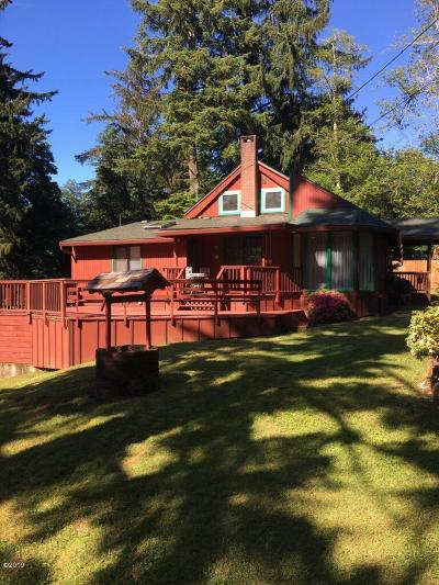 Otis Single Family Home For Sale: 4747 Salmon River Hwy