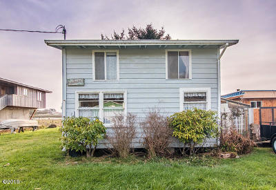 Pacific City Single Family Home For Sale: 35420 Rueppell