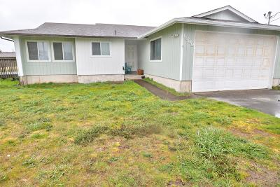 Waldport Single Family Home For Sale: 1909 NW Marineview Dr