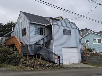 Lincoln City Single Family Home For Sale: 3638 SW Beach Ave