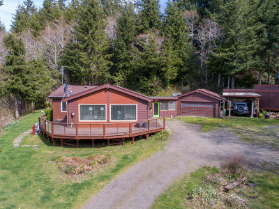 Siletz Single Family Home For Sale: 14035 Siletz Hwy