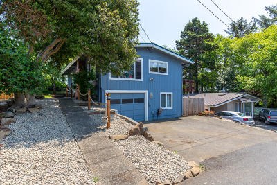 Lincoln City Single Family Home For Sale: 2826 NW Oar Ave
