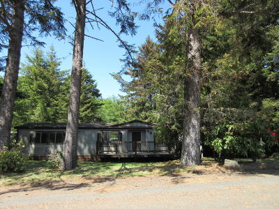 Depoe Bay, Gleneden Beach, Lincoln City, Newport, Otter Rock, Seal Rock, South Beach, Tidewater, Toledo, Waldport, Yachats Mobile/Manufactured For Sale: 237 SE 143rd