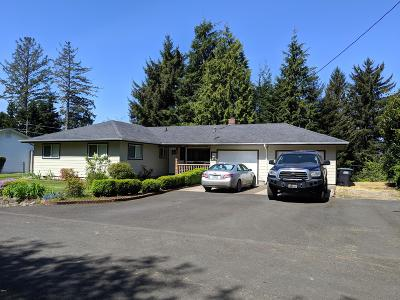 Depoe Bay, Gleneden Beach, Lincoln City, Newport, Otter Rock, Seal Rock, South Beach, Tidewater, Toledo, Waldport, Yachats Single Family Home For Sale: 360 NE Edgecliff Dr