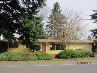 Single Family Home Sold: 2617 NE Burton Rd