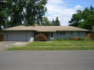 Single Family Home Sold: 6790 SW Princess Ave