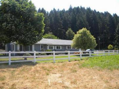 Single Family Home Sold: 891 Days Creek Cutoff Rd