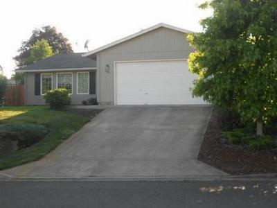 Roseburg OR Single Family Home Sold: $168,000