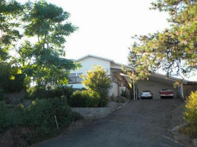 Roseburg OR Single Family Home Sold: $189,900