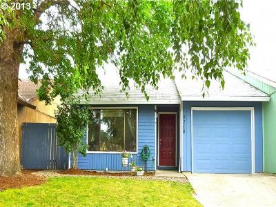 Single Family Home Sold: 2216 S Alpine St