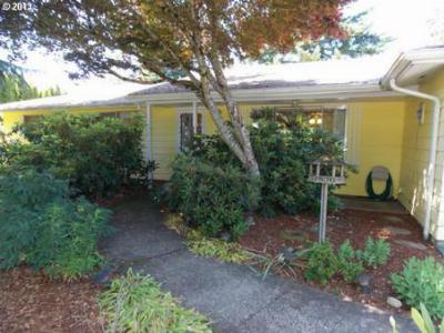 Albany Single Family Home Sold: 4235 NW Glenwood Ave