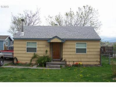 Single Family Home Sold: 722 SW 28th St
