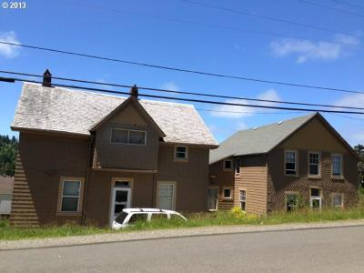 Port Orford Multi Family Home For Sale: 935 Jackson St