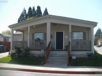 Salem OR Single Family Home Sold: $124,900