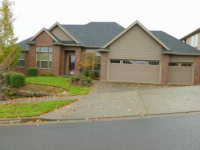 Salem OR Single Family Home Sold: $299,000
