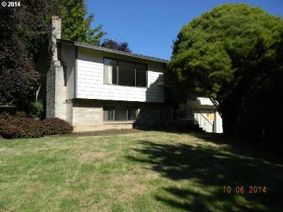 Single Family Home Sold: 10527 SE Kwanzan Ct