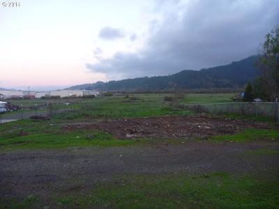 Sutherlin Residential Lots & Land For Sale: 1004 S Comstock Rd