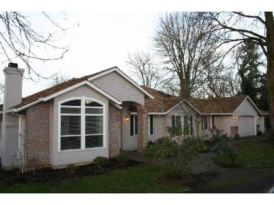 Single Family Home Sold: 790 Graceland Pl
