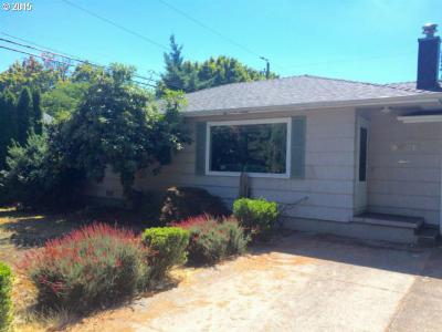 Single Family Home sold: 8438 NE Humboldt St