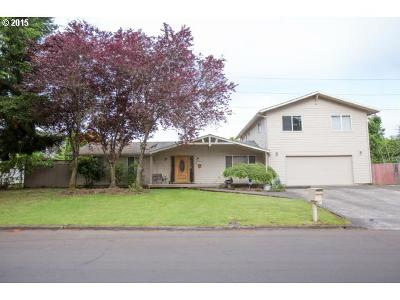 Single Family Home Sold: 1214 NE 122nd Ave