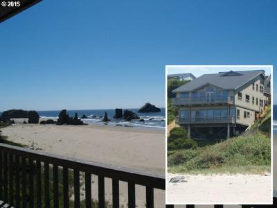 Bandon Single Family Home For Sale: 1530 Beach Loop Rd