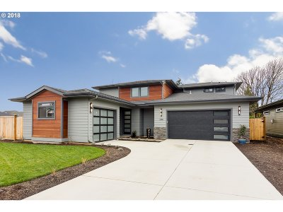 Eugene Single Family Home For Sale: 2144 Lathen Way