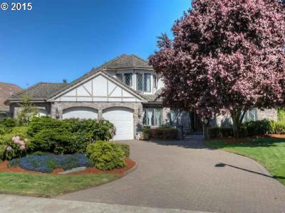 Keizer Single Family Home Sold: 320 Snead Dr