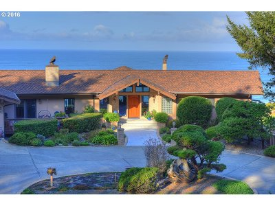 Bandon Single Family Home For Sale: 88502 Agate Ln