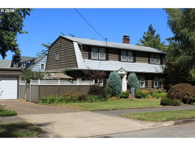 Single Family Home Sold: 3735 NE Shaver St