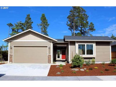 Single Family Home Sold: 4040 Nandina Dr