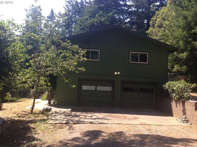 Port Orford Single Family Home For Sale: 42100 Vista Dr