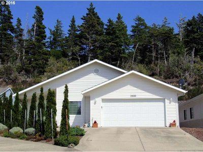 Single Family Home Sold: 3300 Redwood Loop