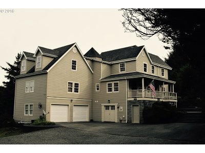 Gold Beach Single Family Home For Sale: 95161 Horizon Dr