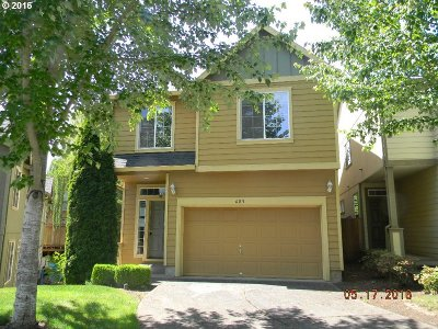 Single Family Home Sold: 685 SE Heathcliff Ln