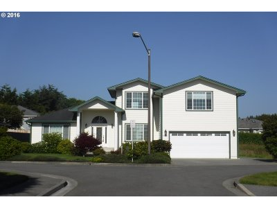 Brookings Single Family Home For Sale: 96307 Spindrift Ln