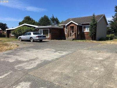 Bandon Multi Family Home For Sale: 160 SE Michigan Ave