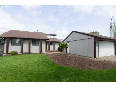 Stayton Single Family Home Sold: 1475 Wyatt Ave