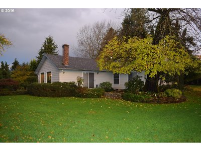 Single Family Home Sold: 9595 S Schneider Rd