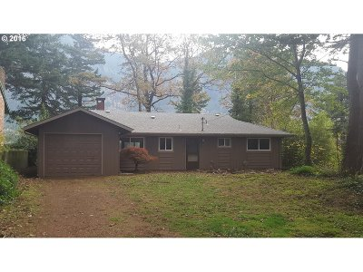 Single Family Home Sold: 452 Skamania Landing Rd