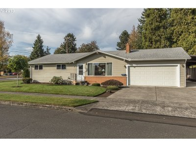 Stayton Single Family Home Sold: 1083 N Douglas Ave