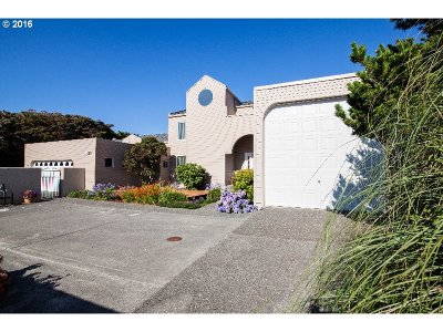 Gold Beach Single Family Home For Sale: 30574 Old Coast