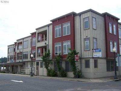 Florence OR Condo/Townhouse Sold: $335,000