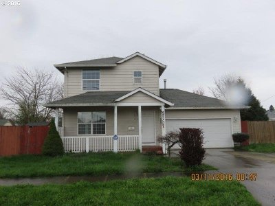 Newberg OR Single Family Home Sold: $207,900