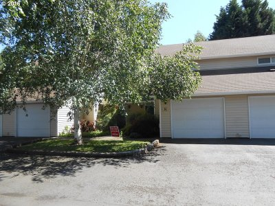 Single Family Home Sold: 4701 NE 77th Ave #D14