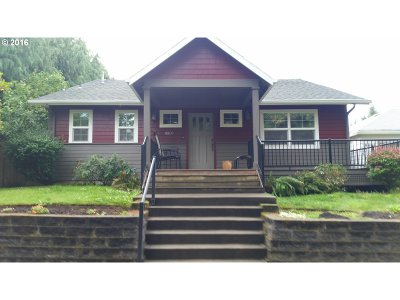 Sandy Single Family Home For Sale: 38830 Park St