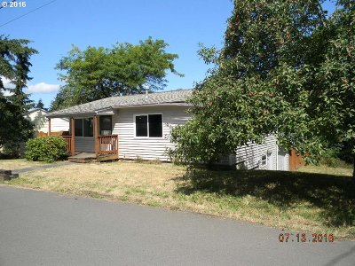 Milwaukie OR Single Family Home Sold: $172,000